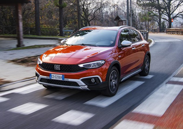 Fiat Tipo Cross per le famiglie che cercano stile e confort © FCA Press EMEA